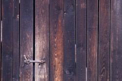 wildtextures-dark-wooden-gate1600