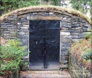 Tür zu einem Krematorium