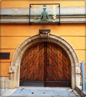Bezirksgericht Stockholm Eingang zum Verhandlungssaal